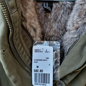 NWT warm  faux  fur lined puffy olive green jacket